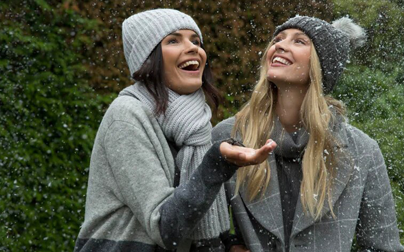 Легкие пуховики или теплые куртки